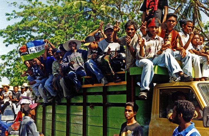 CNRT rally Dili 07'99-25