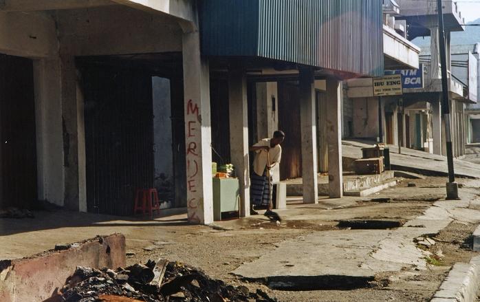 Leben in den Ruinen-01