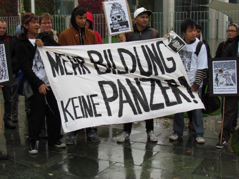 Keine Panzer fuer Indonesien_Bayu 13.36.09 (46)
