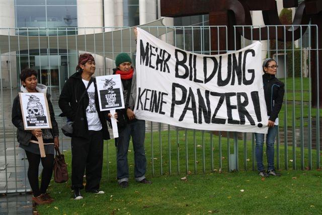 Keine Panzer fuer Indonesien_Monika Schlicher 2012_10_05_1901 (3)