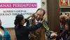"""""""Hört das Weinen meines Herzens"""":  Von Zementfabrik bedrohte Bäuerin Gunarti aus Indonesien schreibt Brief an HeidelbergCement"""