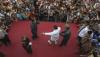 (Deutsch) Aceh: Volksbelustigung bleibt aus, Prügelstrafe wird weiter praktiziert