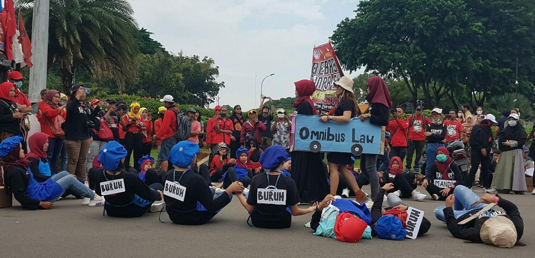 Omnibus Law Jkt