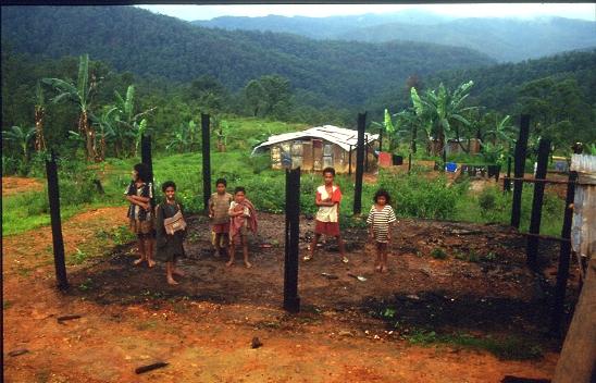 Burned Huts Aileu 1999