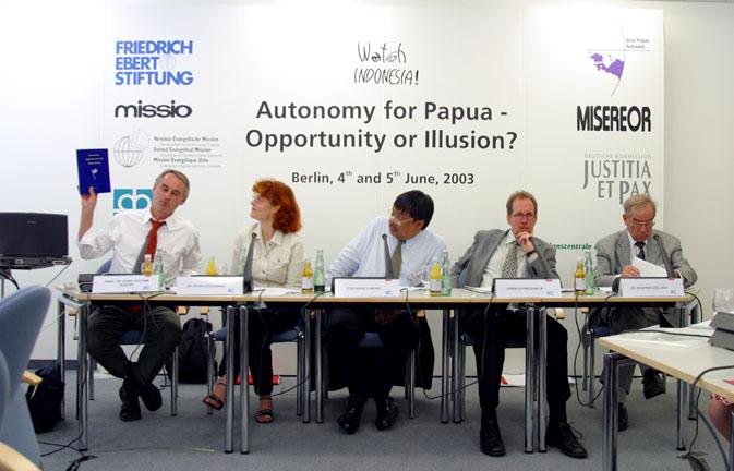 PAPUA_Conference