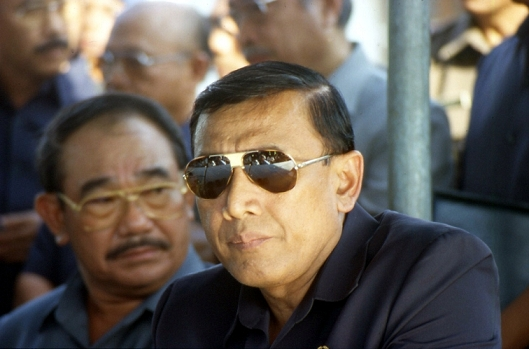 Wiranto and Feisal Tanjung in Dili - July 1999