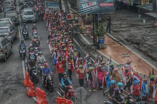 Protestmarsch 'Longmarch' von Bewohnern der Region von Rembang nach Semarang  (5.-9.12.2016). Foto: JKMPP